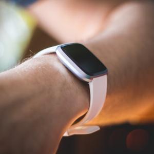 ビジネススキルをアップするFitbit無料アプリ3選