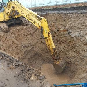 農業用水のための井戸を掘る
