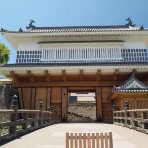 【黎明館】は観光客にも人気の御楼門と鹿児島の歴史・文化資料館です