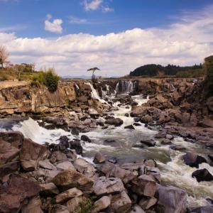 伊佐市にある【曽木の滝】は『東洋のナイアガラ』とも呼ばれています