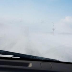 ホワイトアウトの運転方法?冬道やブラックアイスバーンの対処の仕方も