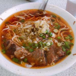 台湾グルメ 台中の隠れ家的牛肉麺【大雅牛肉麺】