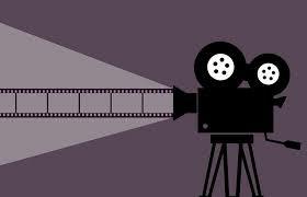 キャンプで映画やアニメを子供達に見せてあげよう【タブレットなどを活用しよう】