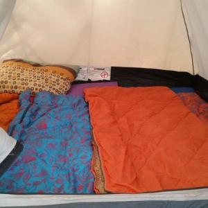 キャンプでの寝室の作り方はチョー簡単?【寝不足を防ぎ次の日も元気に!】