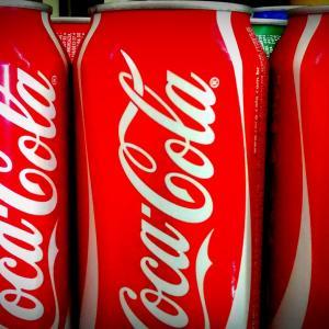 もしコカ・コーラ(KO)を40年前から毎月積み立てたらどうなっていたのか?