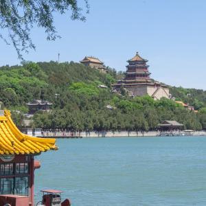 紫禁城と万里の長城に圧倒された高校時代と小中時代の修学旅行の話。