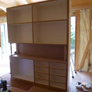 作り付け家具の現場搬入