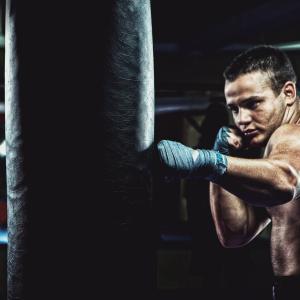第六記事 お家で始める簡単キックボクシング講座②フック・アッパー編