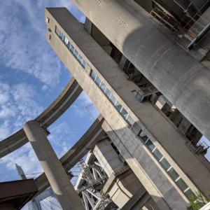 エレベーターで降り立つ瀬戸大橋の島『岩黒島』(坂出市)