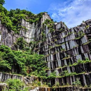 プレミアムツアーでダイナミックな石の渓谷へ『笠間石切山脈』(笠間市)