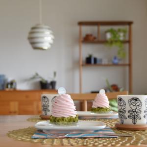 お家でお花見気分◇桜モンブランとヴィヒキルースとスタバのアニバーサリーブレンド