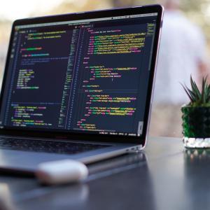 独学でプログラミングやブログ運営?なぜ?