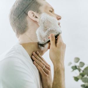 【激安脱毛】めんどくさい朝の髭剃りから7833円で解放される方法