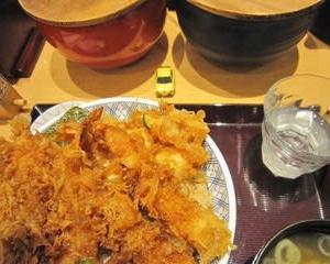 天丼と漬物