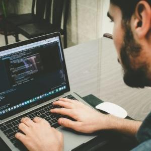 HTML/CSSで何ができるの?勉強方法を含め徹底解説!