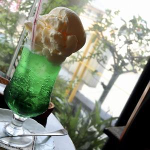 【食べあるき】明治茶館(沼津市若葉町)〜レトロで落ち着いた雰囲気の純喫茶でいただくランチとクリームソーダ