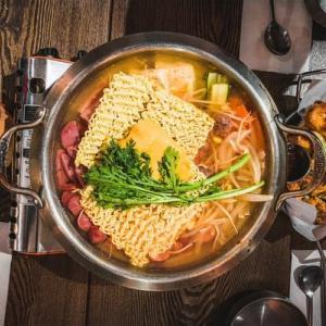 新しいメニューを食卓へ!無印良品の「鍋の素」は小さいパックで場所とりなし!