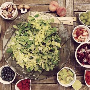 簡単な食習慣の変化で健康に!ストレスを減らす4つの気軽な食事改善