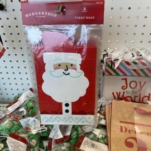 ターゲットで思わず購入!3ドルのクリスマス柄のトイレットペーパー