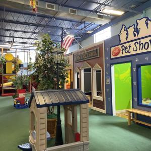 アメリカ人も靴を脱ぐ!赤ちゃんも安心して遊べる屋内施設、Once Upon A Treetop