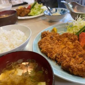 左雨(さっさ) 豚ロースカツ定食、カキフライ定食、やきとり