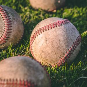 松坂大輔投手の現在と全盛期の球速の差に驚きが!本当に給料泥棒で引退する?