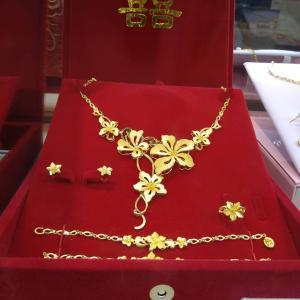 【台湾】コストコで売っている台湾人結婚用黄金アクセサリー