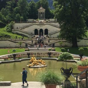 ドイツ!リンダーホーフ城に行ったときの記録!美しいお城です