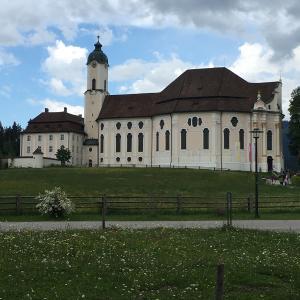 ドイツの有名観光地!ユネスコの世界遺産のヴィ―ス教会はこんなところです!
