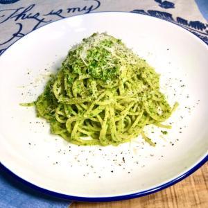 緑のパスタだがジェノベーゼじゃない☆スパゲッティ・アッラ・ぺスト・セダーノ♬