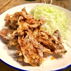 日本一ふつうで美味しい「植野食堂」の豚肉の唐揚げ