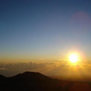 【四柱推命学】太陽が死活の権を/精神の世界は遠い昔のまま