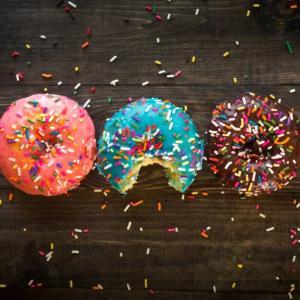 お菓子のおすすめ人気サブスク7選!お得な定期便で毎月届く【2020】