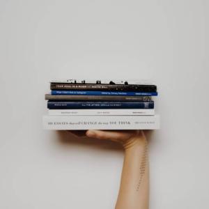本のおすすめサブスク6選!小説から雑誌まで徹底比較【2020年最新】