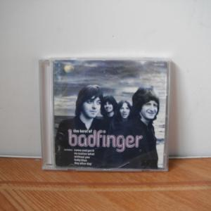 Badfingerのアップル在籍中のベストアルバム。車中にいつも常備してます。
