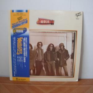 憂歌団のファーストアルバム、憂歌団は1975年発売。