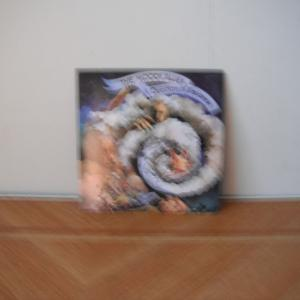 Moody Bluesの6枚目、A Question Of Balanceは再度英国1位だ。