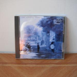 Moody Bluesの10枚目、Long Distance Voyagerは米国でまたまた1位です。