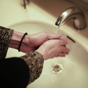 トイレの手洗いカウンターは必要?不要?
