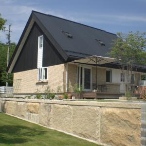 【北欧的空間が好きな建築士の自宅設計③】家づくりにかかるお金は本体工事費以外にいくらかかるの?