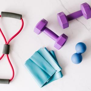 チューブトレーニングを活用してハムストリンング強化で足の持久力アップ!