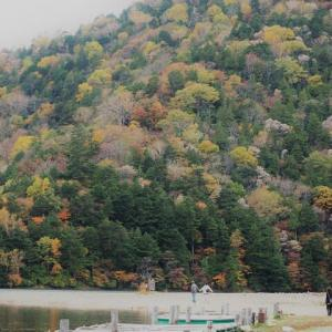 At the lakeside☆湯ノ湖・Okunikko