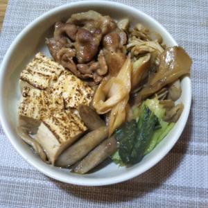 肉豆腐の夕飯