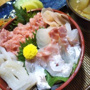 海鮮丼と豚汁の夕飯 防災の日の思い出