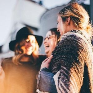 仕事の人間関係を円滑にする「雑談力」の上げ方