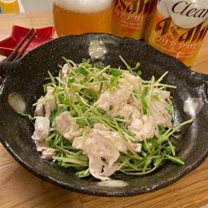 豆苗と鶏肉のポン酢マヨサラダはいかがでしょうか。