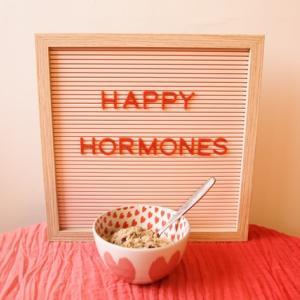 お金では本当の幸せを得られない?【脳が放出する「幸福ホルモン」とは何か?】