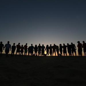 【他力本願は良いこと】他人に任せることで仕事の結果が抜群!人任せの達人になりましょう。