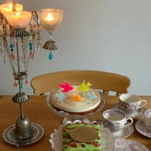 BafaratでスペシャルオーダーしたBirthday cakeでお祝い
