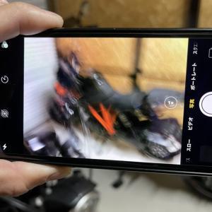 iPhoneXをバイクにマウントするとカメラが壊れます!要注意